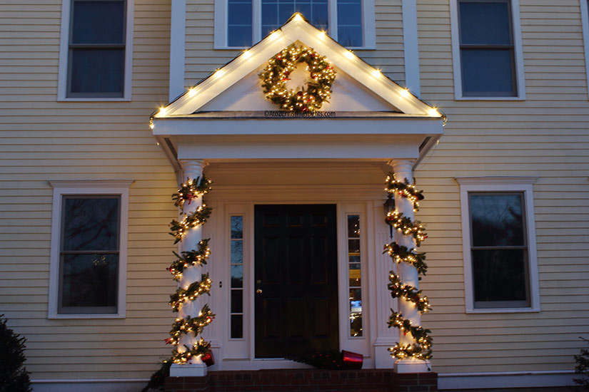 South Shore, MA Christmas Decor